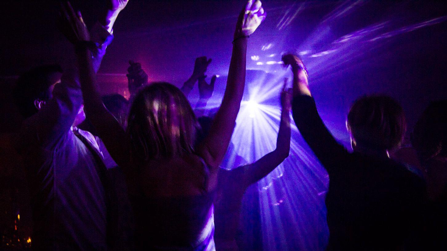 Soirée DJ au Domaine de la Corniche